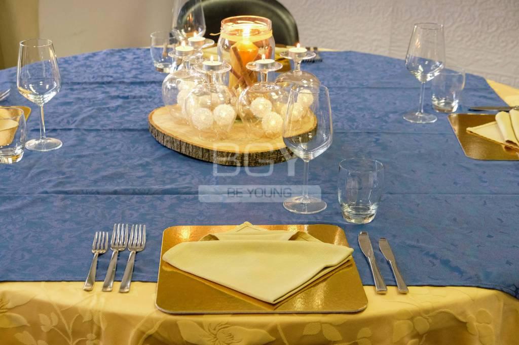 Come apparecchiare al tavola a Natale?