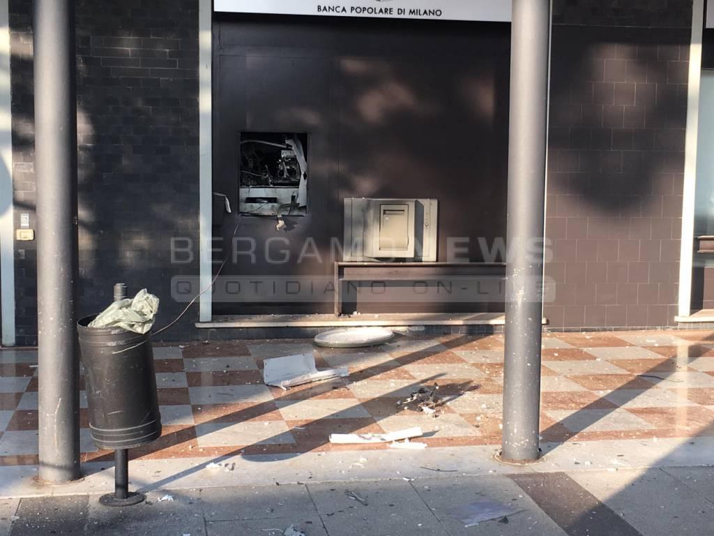 Esplosione bancomat a Dalmine