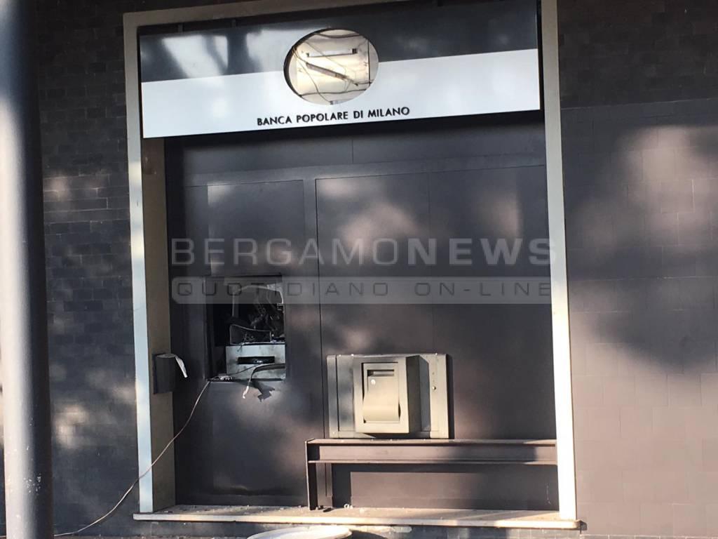Fanno Esplodere Un Bancomat A Dalmine Bergamonews