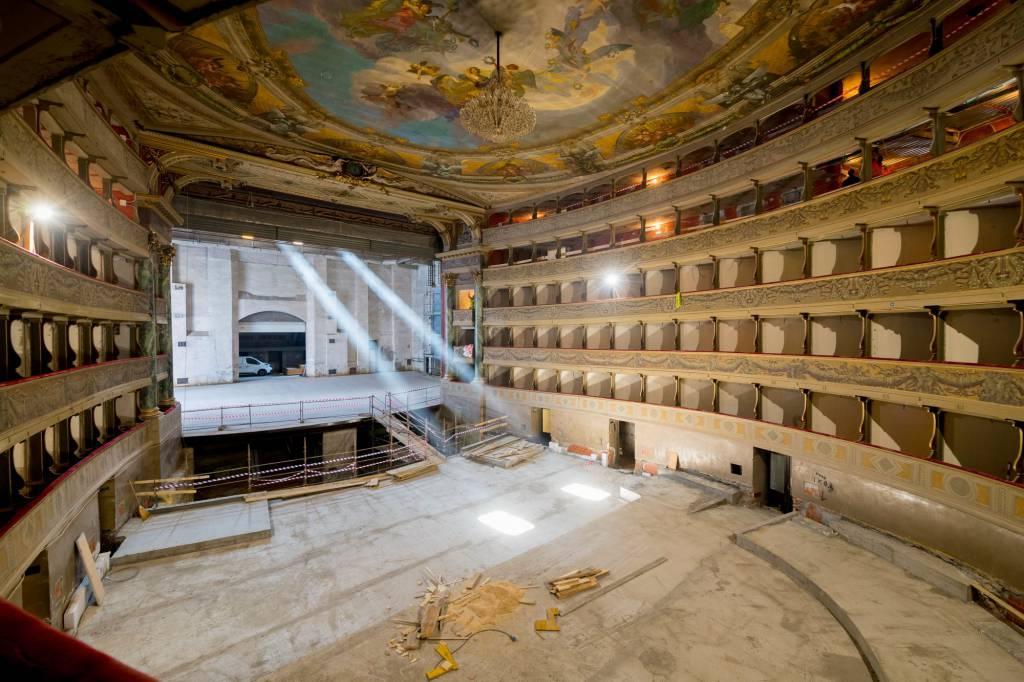 Proseguono i lavori per la ristrutturazione del Teatro Donizetti - dicembre 2018