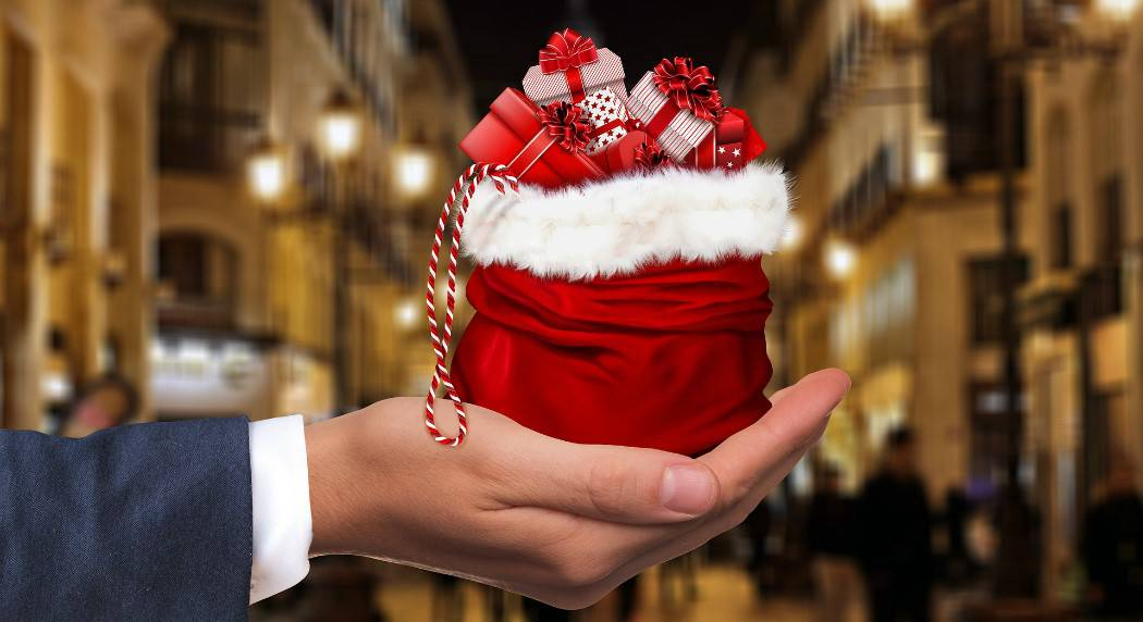Regali Di Natale Famiglia.Regali Di Natale A Bergamo Si Spenderanno 171 Euro A