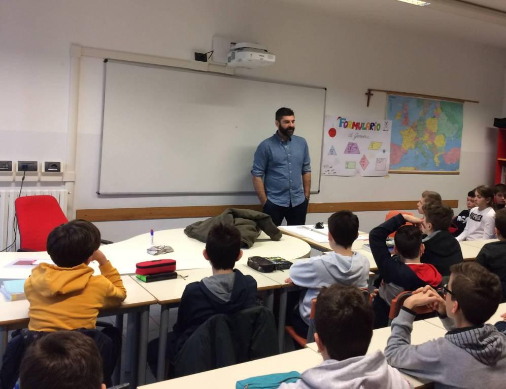 """Scuola media """"Leonardo Da Vinci"""": l'innovazione entra in classe"""