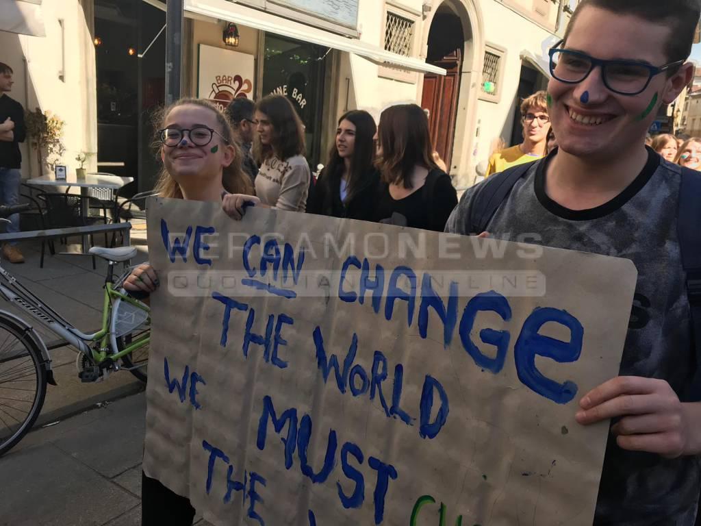 Clima, la manifestazione a Bergamo