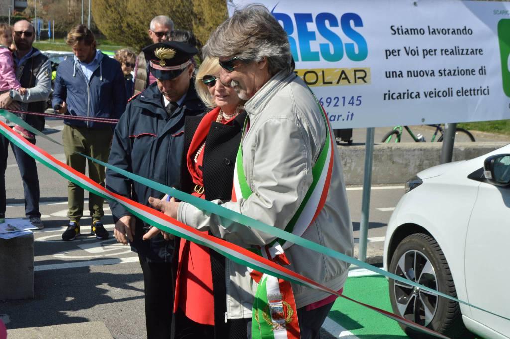 Nuova colonnina di ricarica per veicoli elettrici a Torre Boldone