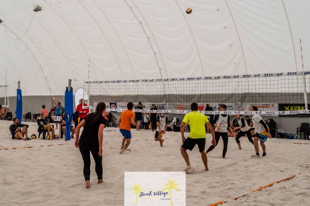 Beach Village Scanzorosciate: gli sport su sabbia piacciono anche d'inverno