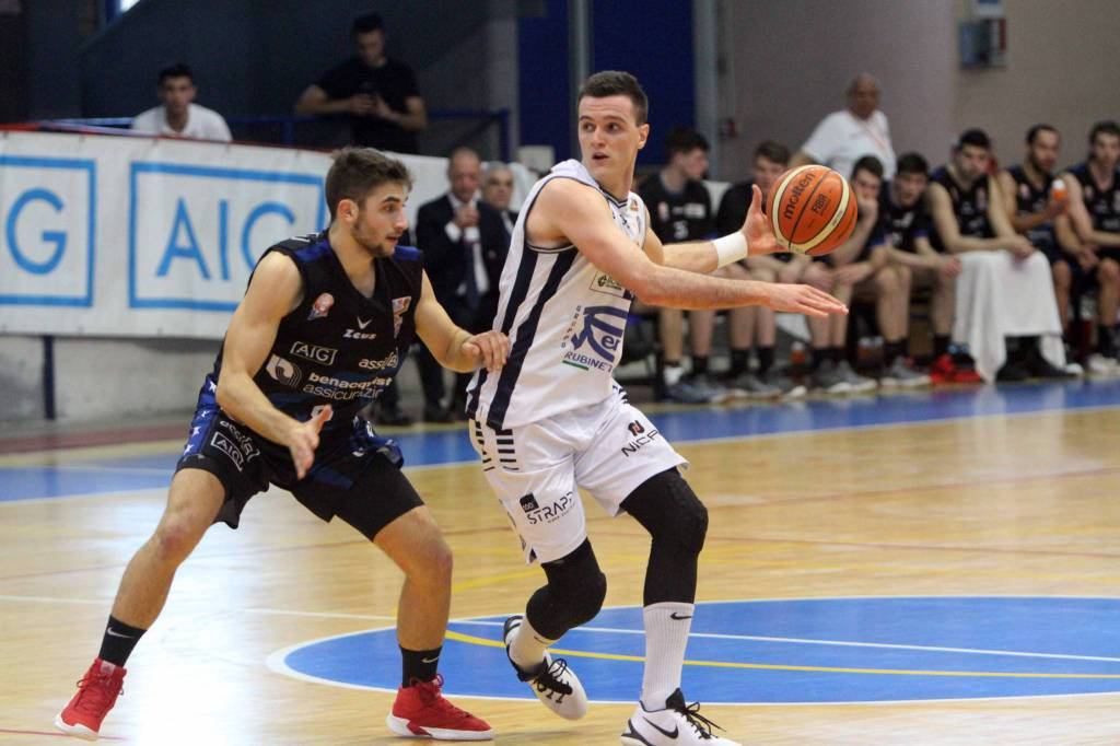 Benacquista Latina vs Blu Basket Treviglio