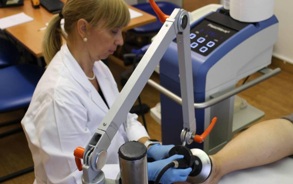 La terapia a onde d'urto per muscoli, ossa e tendini