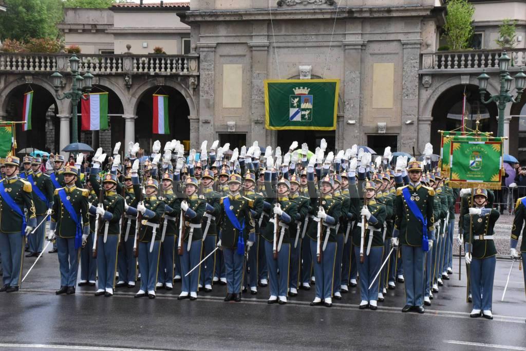 Giuramento allievi ufficiali del 118° corso «Monte Cimone IV» e del 17° corso «Sestante»