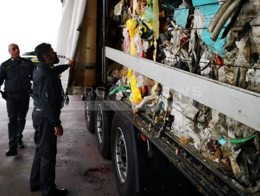 rifiuti sequestrati