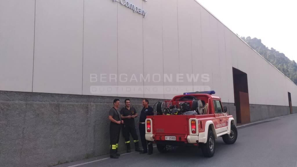 Incendio in ditta a Pontenossa