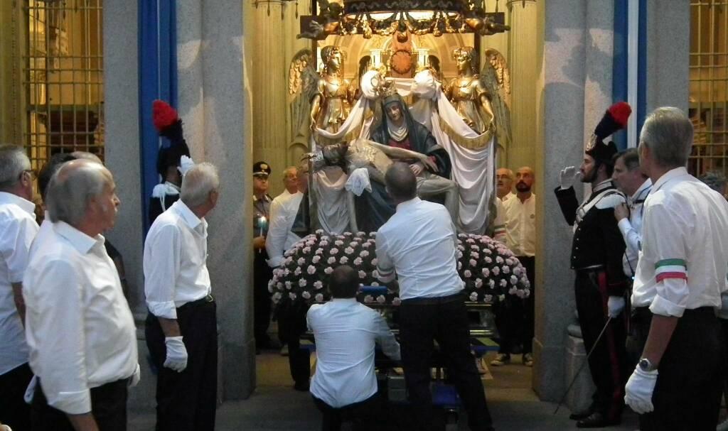 Borgo Santa Caterina festeggia l'Apparizione