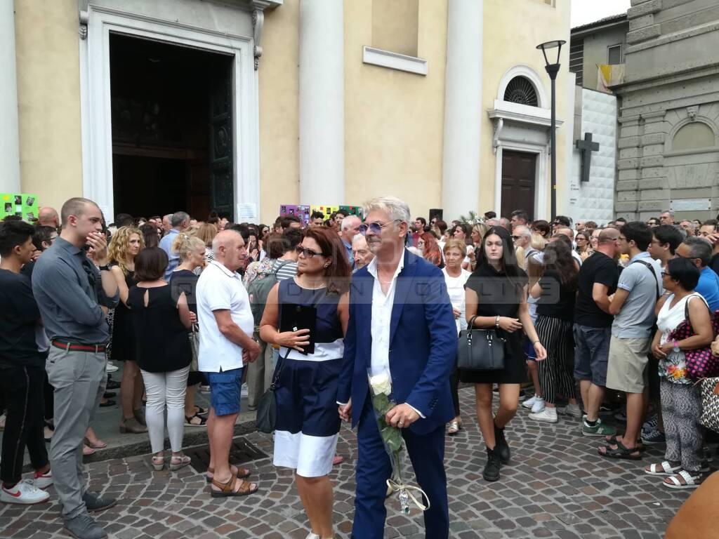 I funerali di Luca Carissimi e Matteo Ferrari