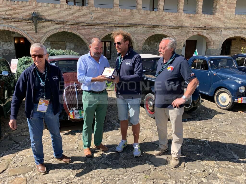 Da Bergamo a Saragozza con le Topolino