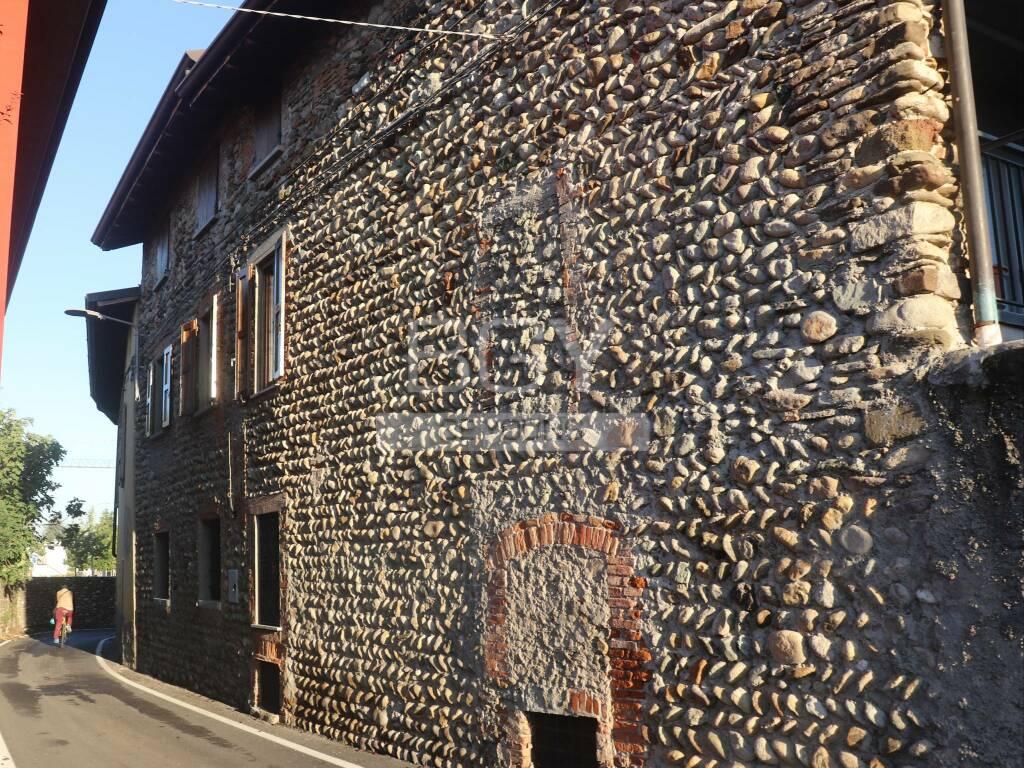 Borgo di Mezzovate