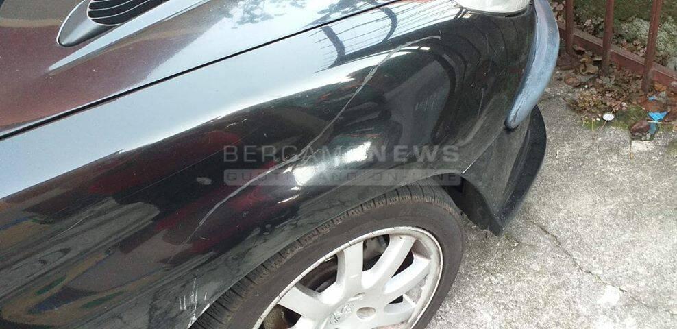 auto vandalizzate al Villaggio Sposi