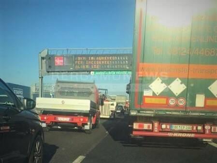 scontro in autostrada