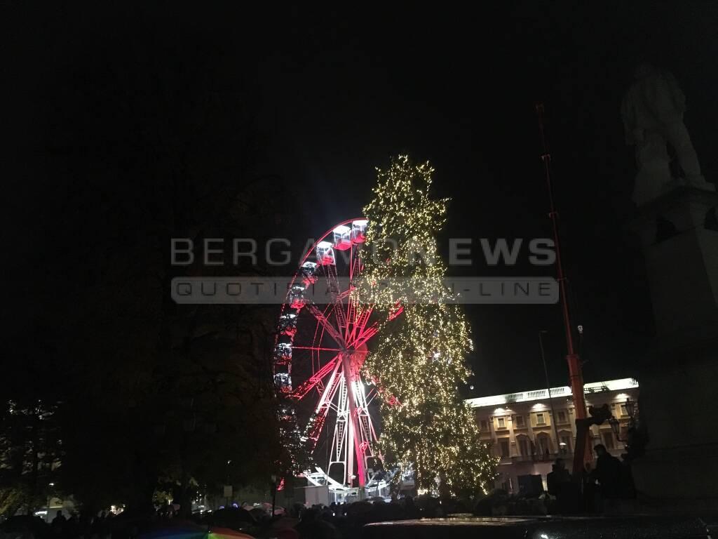 Albero di Natale in centro