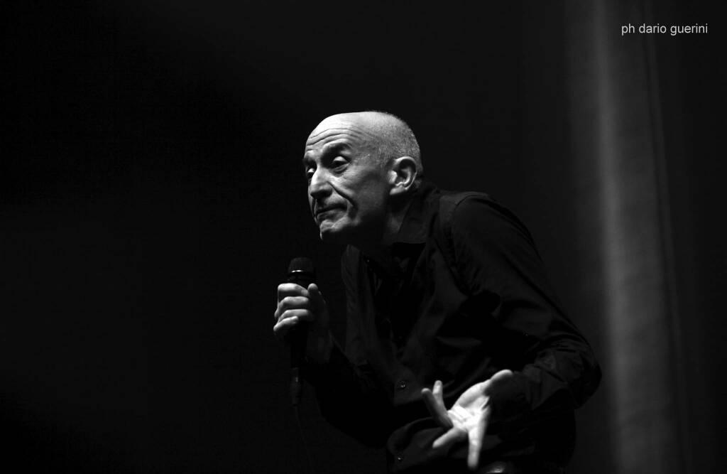 Beppe Servillo omaggia Domenico Modugno al JazzMi