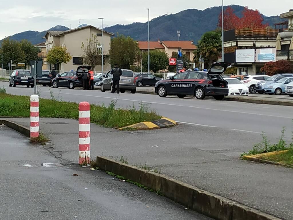 controlli carabinieri isola