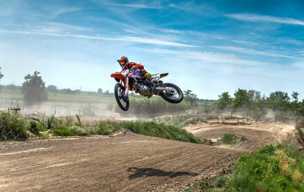 pista moto cross