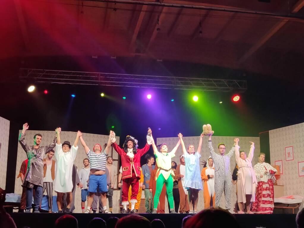 """A Parre i giovani portano in scena il musical """"Peter Pan"""""""
