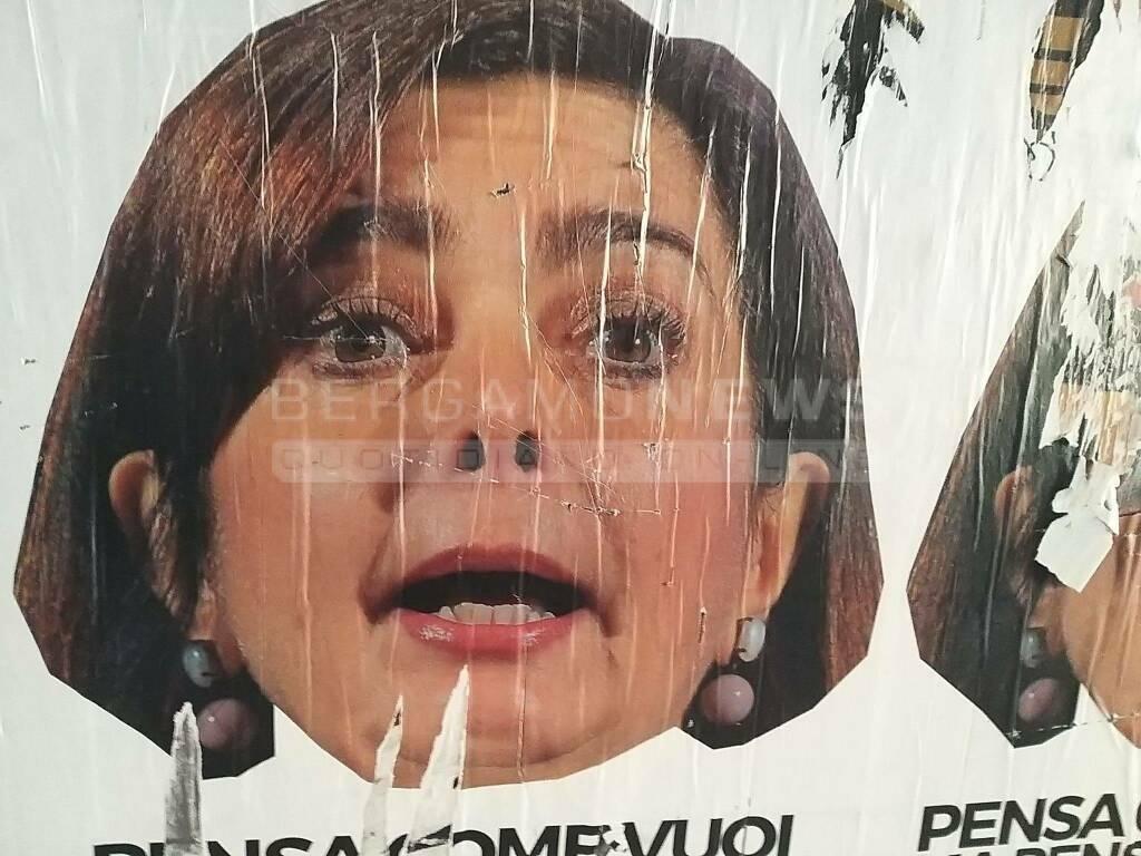 Manifesti anti immigrati Boldrini