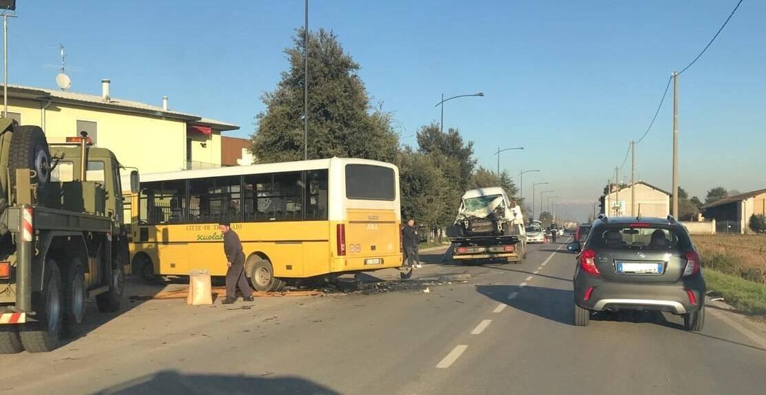 Incidente scuolabus Treviglio