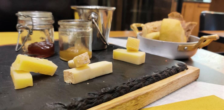 Bù Cheese Bar