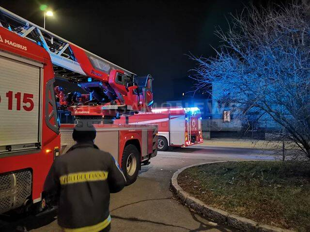 incendio case Aler  Vigili del fuoco