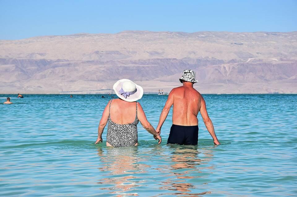 anziani pensionati vacanza estero ok