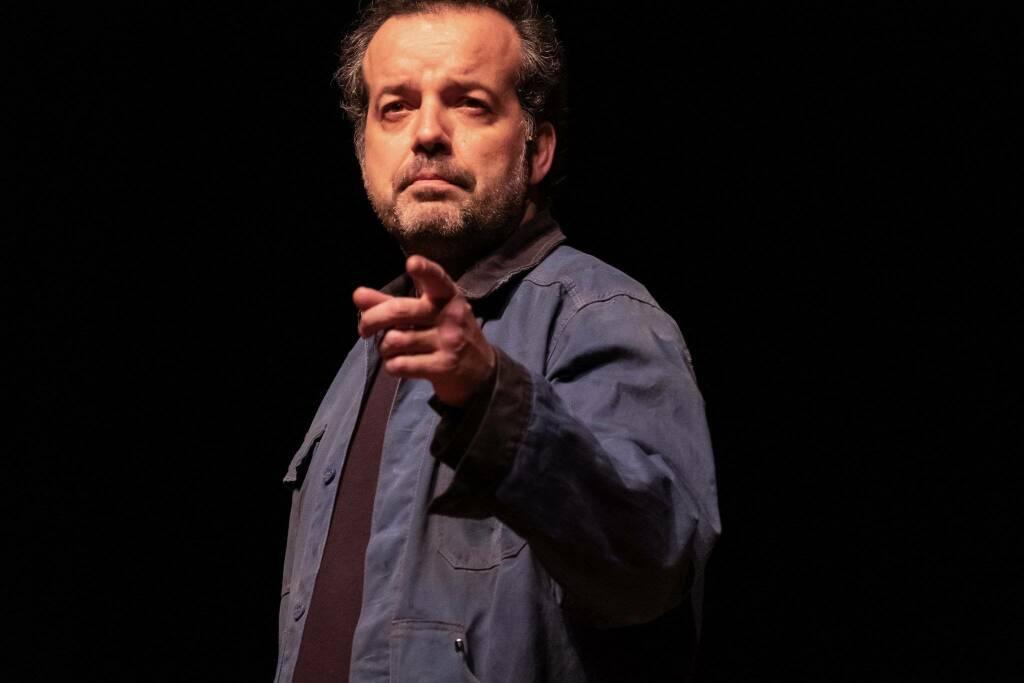 Mario Perrotta