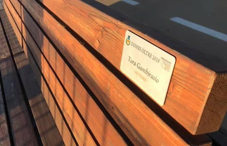 Savona, il nome di Yara sulla panchina per le vittime di violenza