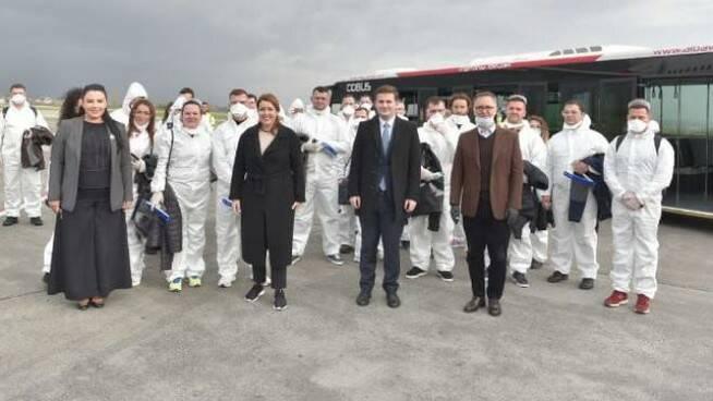 Dall'Albania 30 medici per aiutare anche gli ospedali bergamaschi