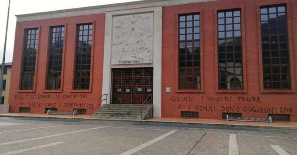 Nembro municipio scritte