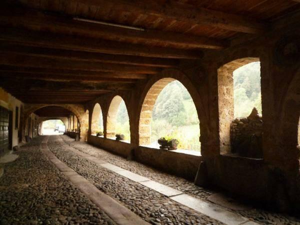 Strada porticata di Averara