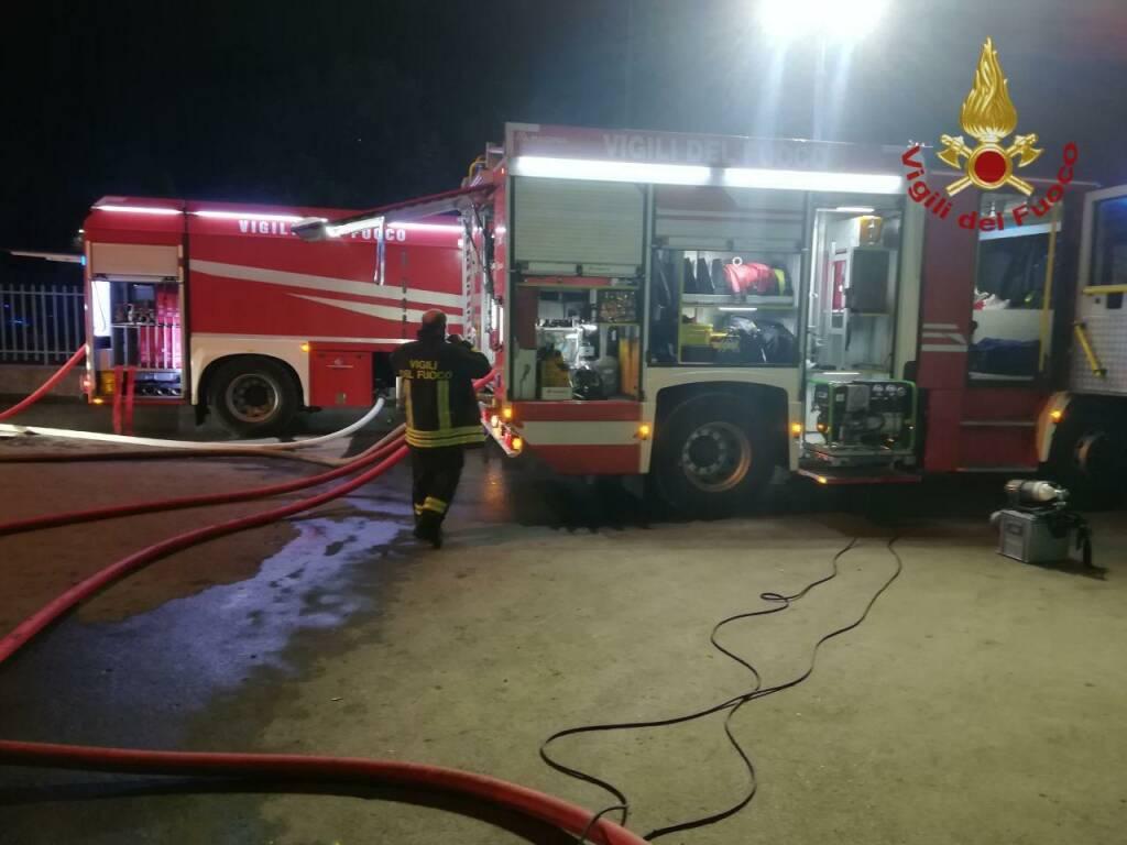 incendio scarpellini vigili del fuoco
