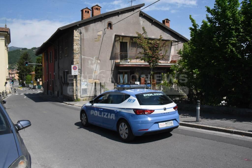 Omicidio in via Maironi da Ponte