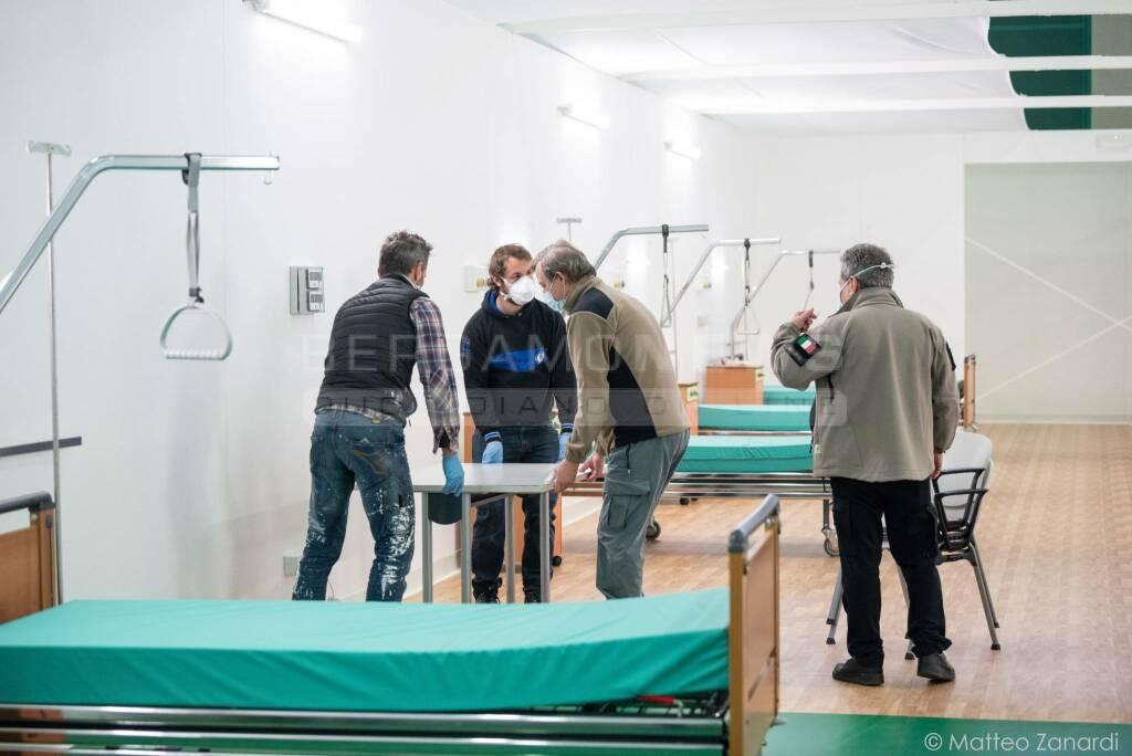 Ospedale da campo, gli ultimi preparativi