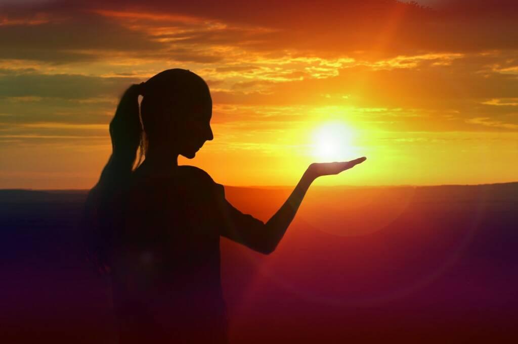 sole (foto Rampal Singh da Unsplash)