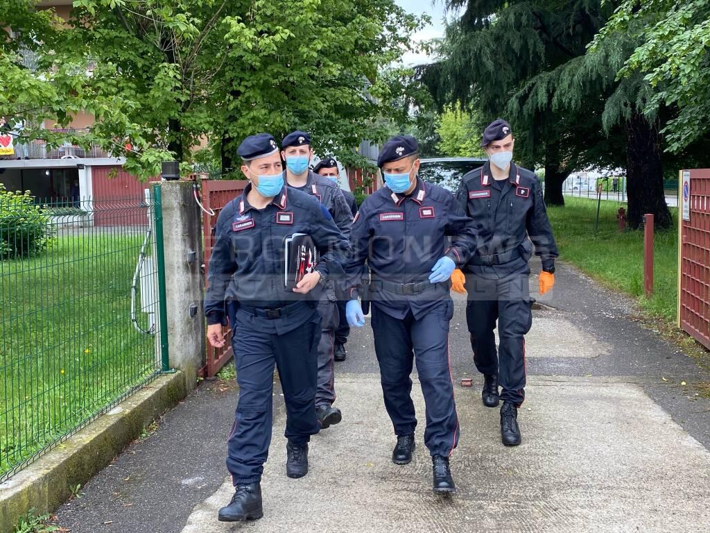 Dalmine, donna senza vita in casa: arrestato il figlio