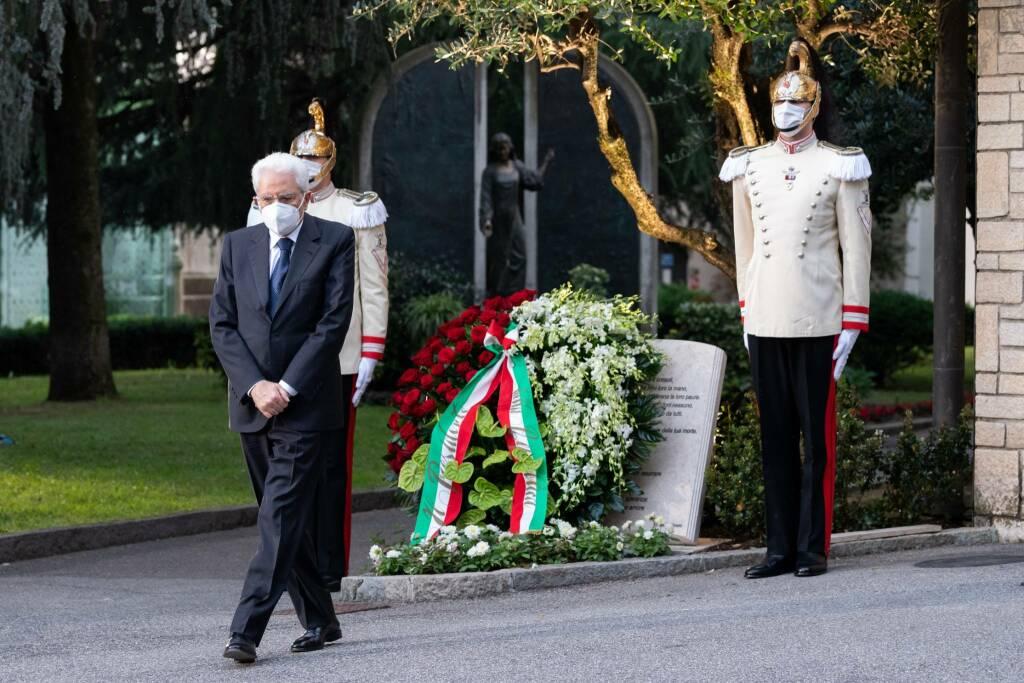 La serata del ricordo delle vittime del Covid a Bergamo