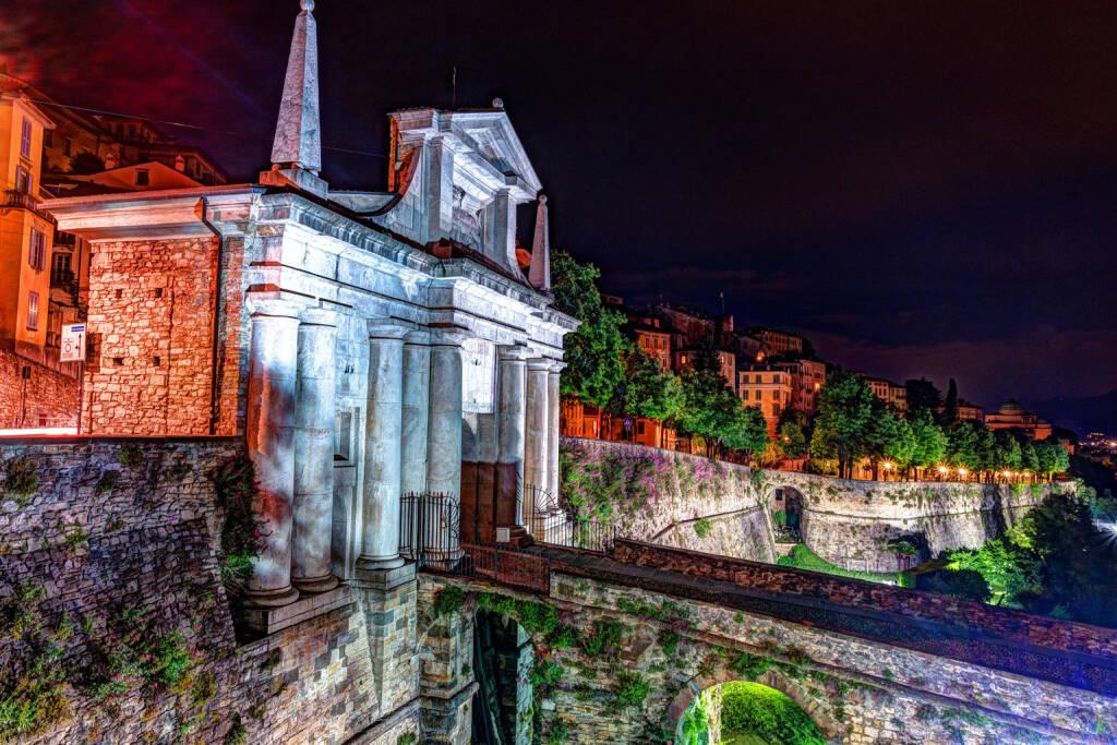 Porta San Giacomo (Foto Regione Lombardia)