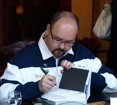 E' morto lo scrittore Carlos Ruiz Zafon