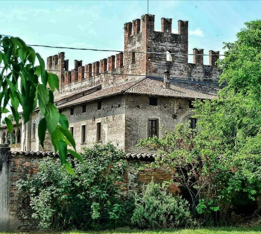 Castello malpaga bella
