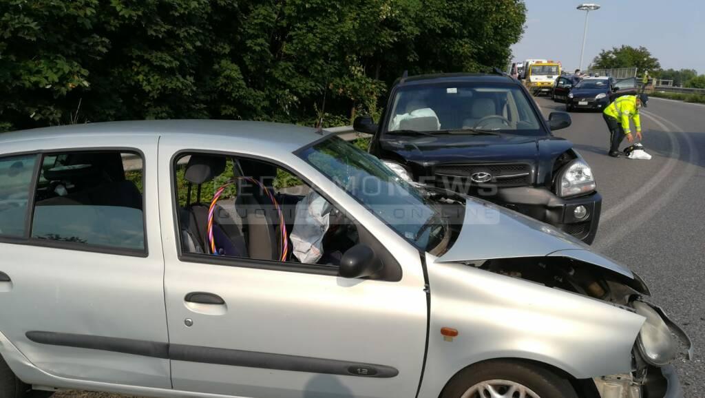 Fronte a Seriate, feriti tre bambini