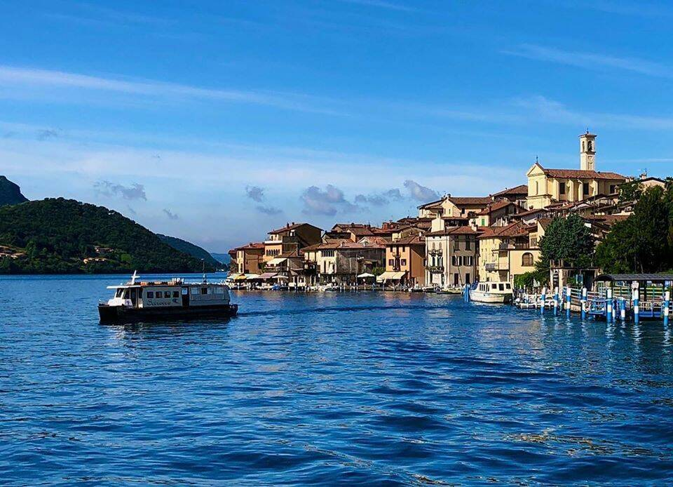 """traghetto sarnico (dalla pagina """"Infopoint Basso Lago d'Iseo e Valcalepio"""")"""