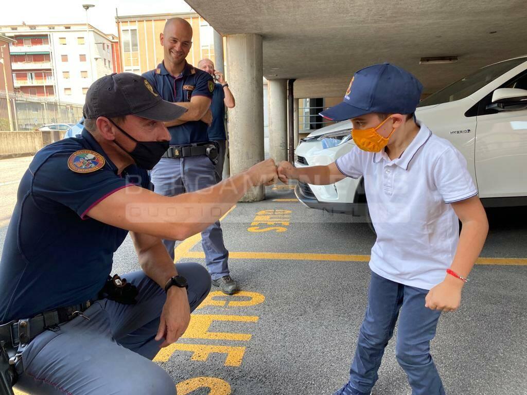 Enzo, poliziotto per un giorno