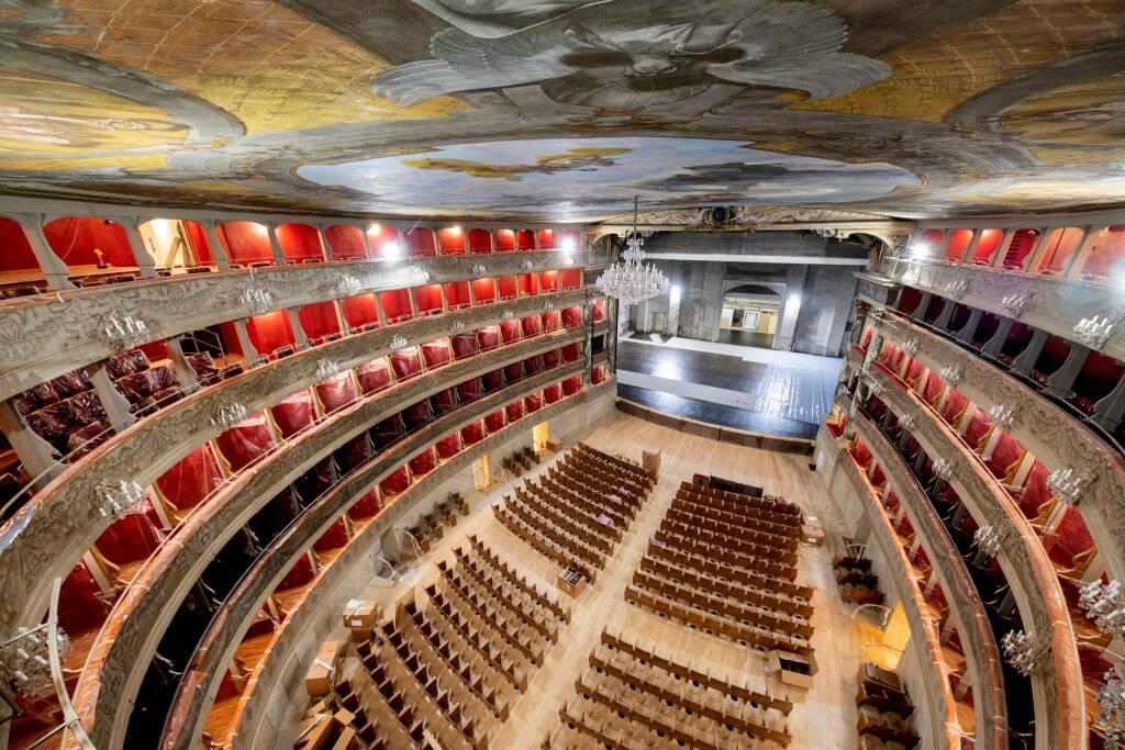 Teatro Donizetti, cantiere quasi finito