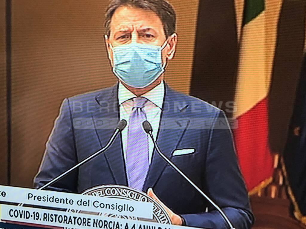 Giuseppe Conte annuncio 24 ottobre