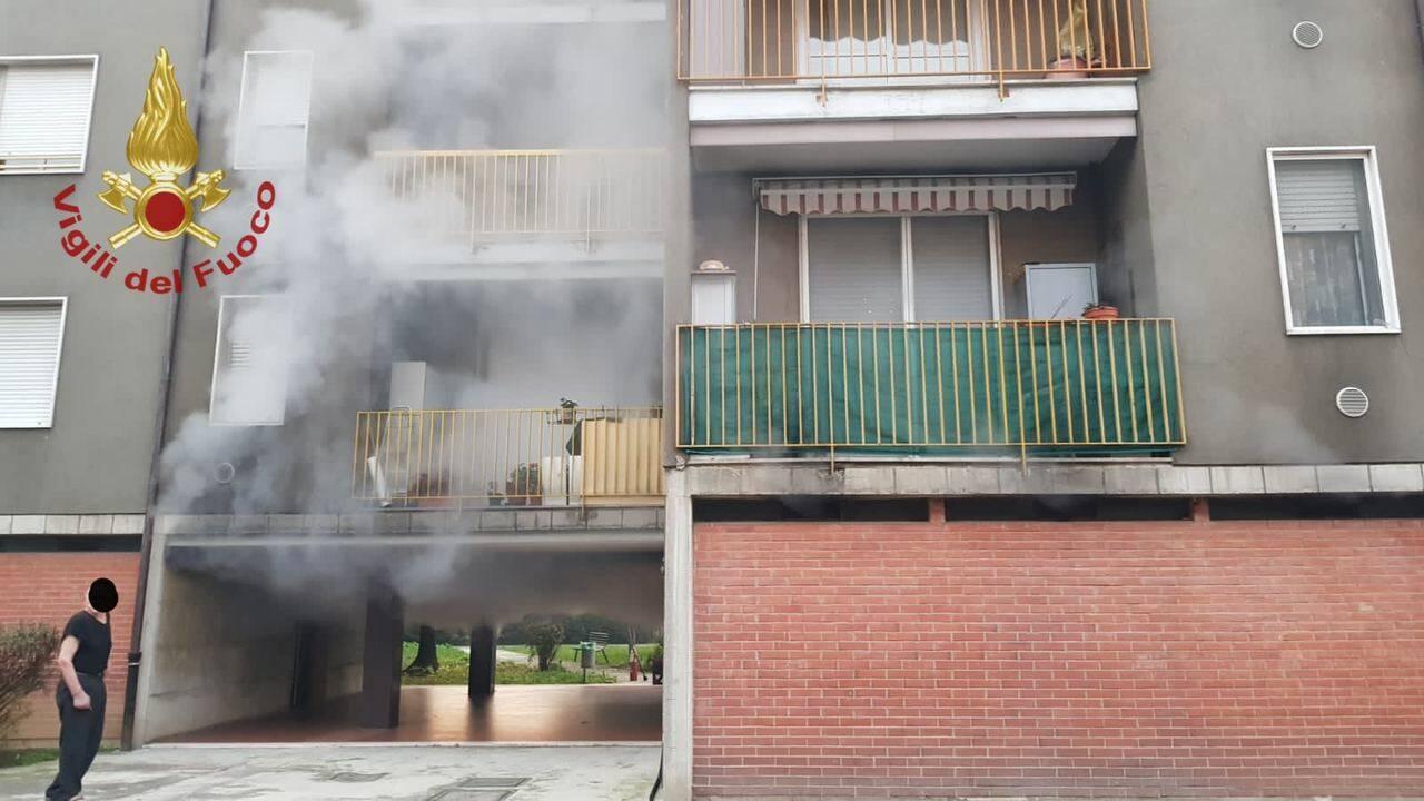Incendio cantine di via Cerasoli